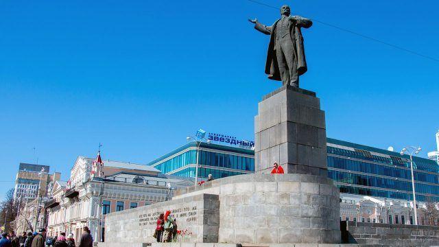Памятник Ленину 1957 года в наши дни