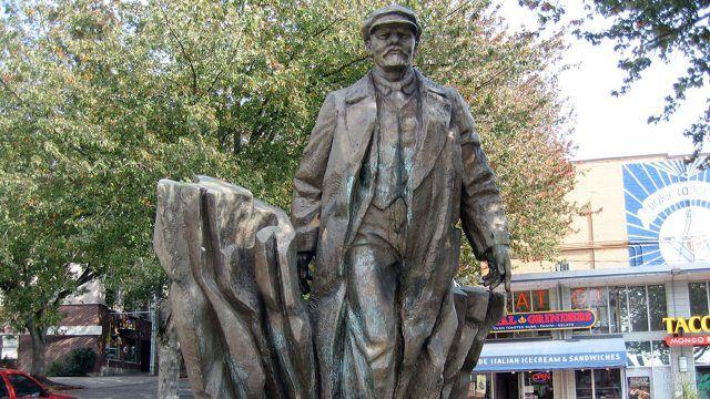 Памятник Ленину в Сиэтле 1995