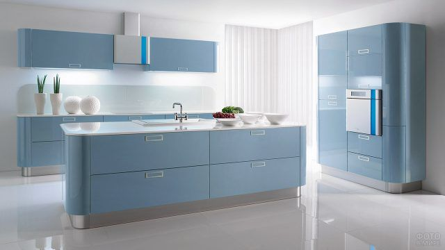 Небесно-голубая кухня в стиле хай-тек