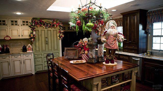Рождественский декор кухни в классическом европейском стиле