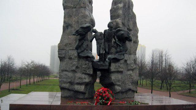 Петербургский памятник воинам-интернационалистам погибшим в Афганистане