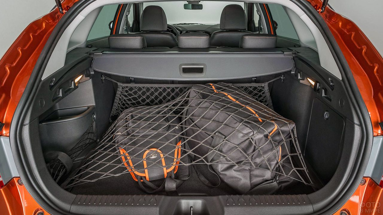 Увеличенный багажник концепта Лада Веста СВ Кросс 2019