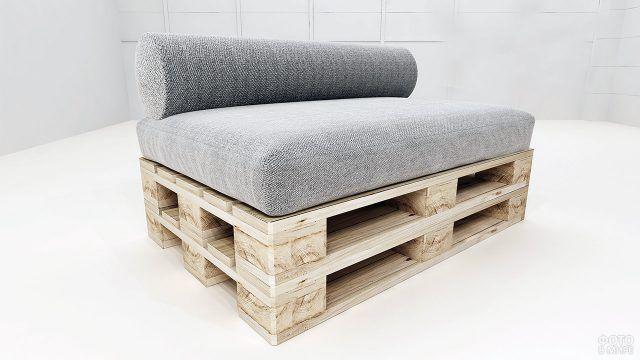 Стильная обивка дивана из поддонов