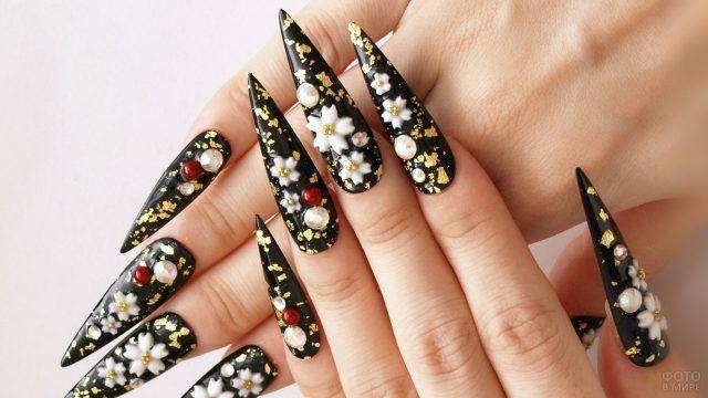 Модные чёрные стилеты с роскошным декором жемчугом