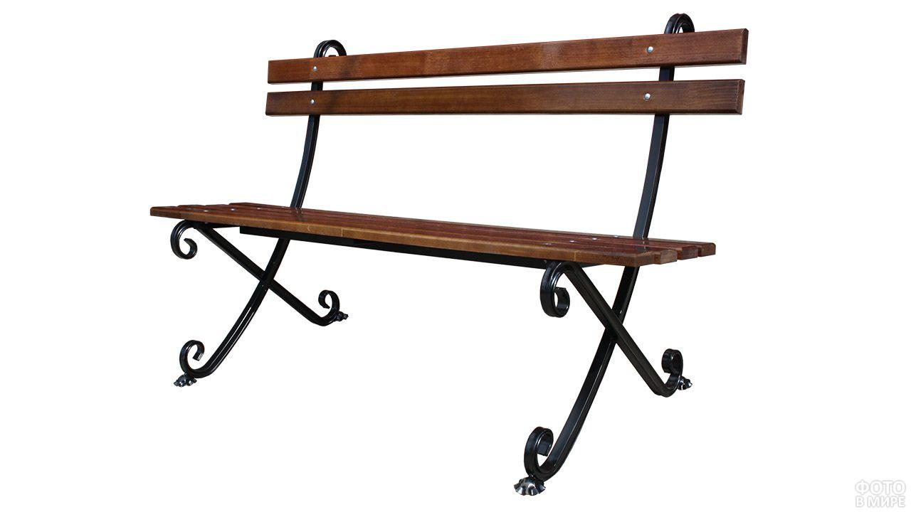 Скамейка с лёгкими коваными элементами