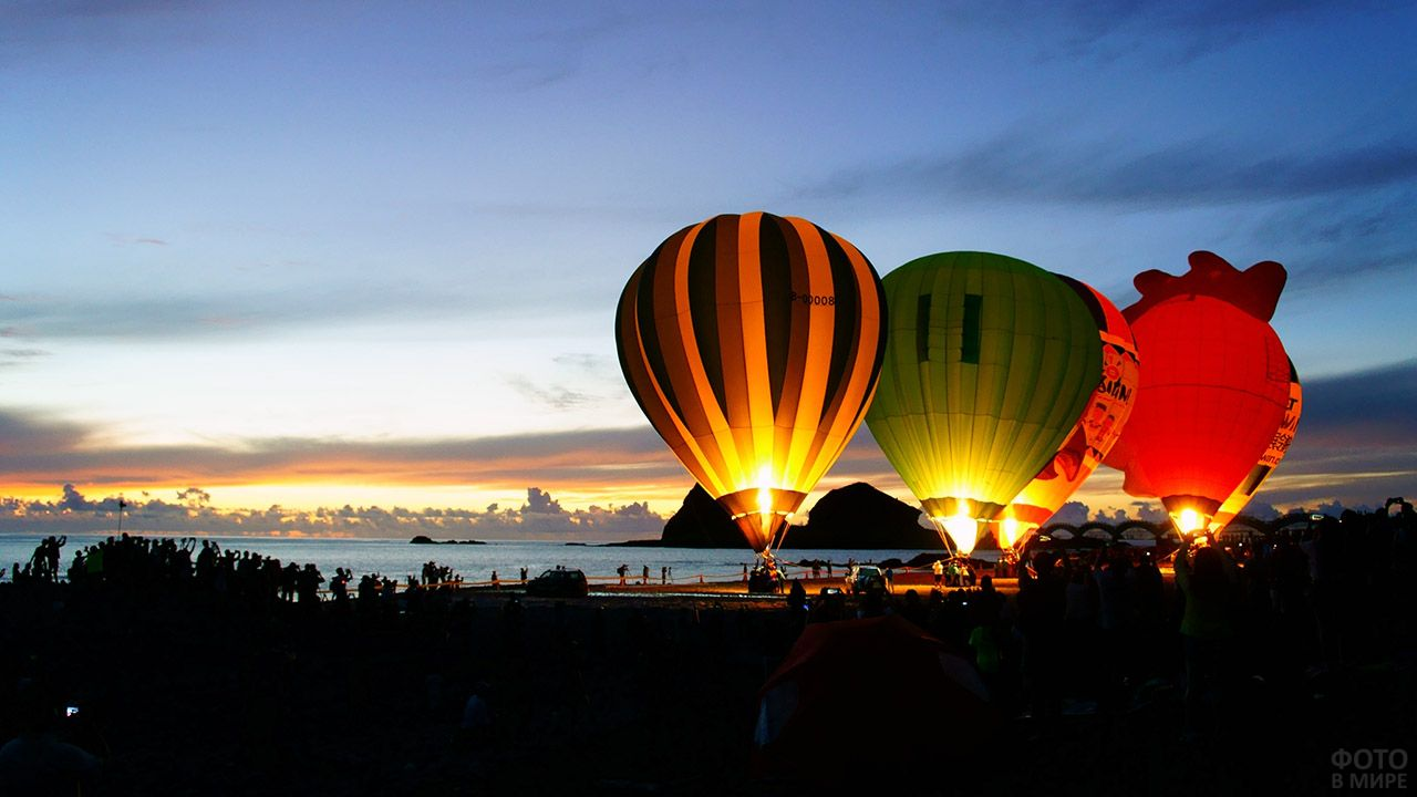 Ночной фестиваль воздушных шаров