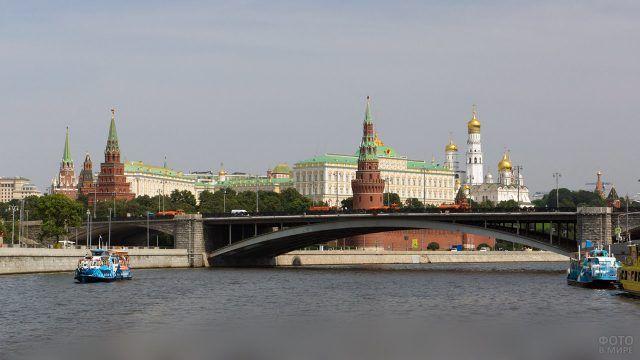 Большой Каменный мост через Москву-реку