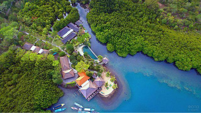 Город Баньюведанг на Бали с высоты птичьего полёта