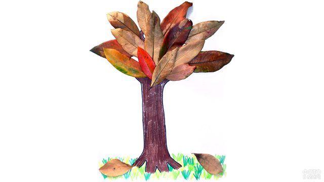 Аппликация Дерево из осенних листьев
