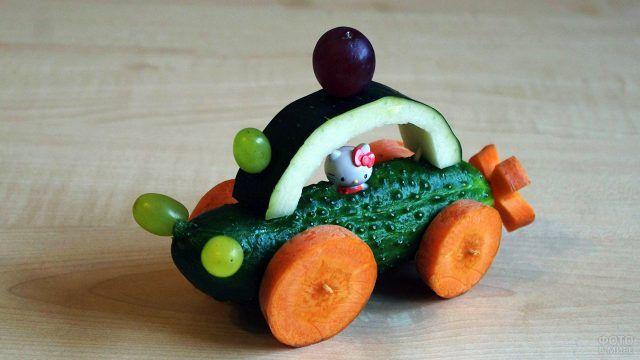 Детская поделка-машинка из овощей
