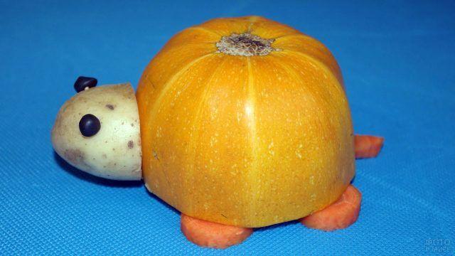 Осенняя поделка Черепашка из овощей