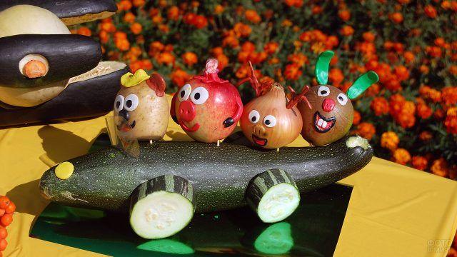 Смешарики из осенних овощей и пластилина