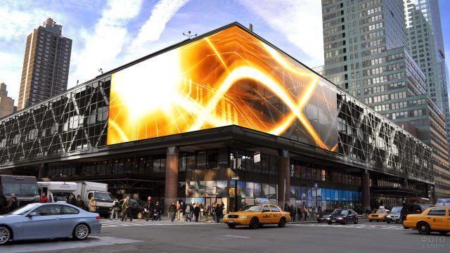 Торговый центр со светодиодным медиа-фасадом