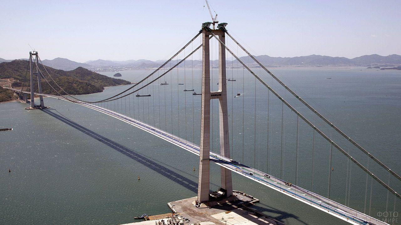 Четвёртый в мире по длине висячий мост Ли Сунсин в Южной Корее