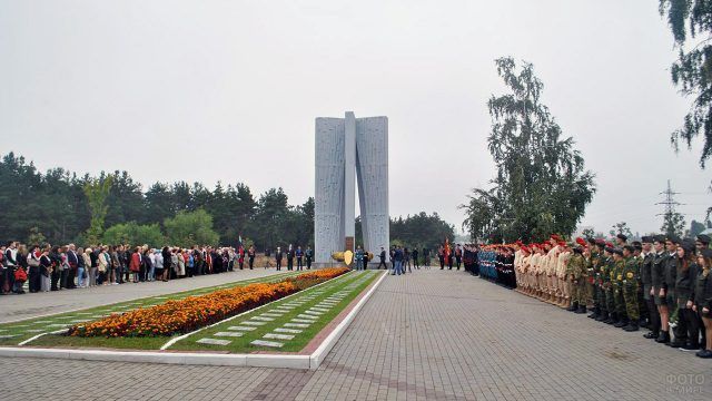 9 мая у мемориала Песчаный Лог в Воронеже