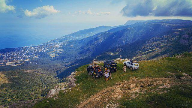 Джиппинг в горах на побережье Крыма