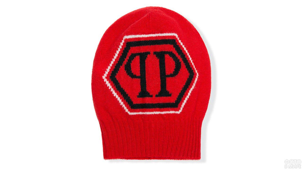Красная вязаная шапка унисекс с чёрным логотипом