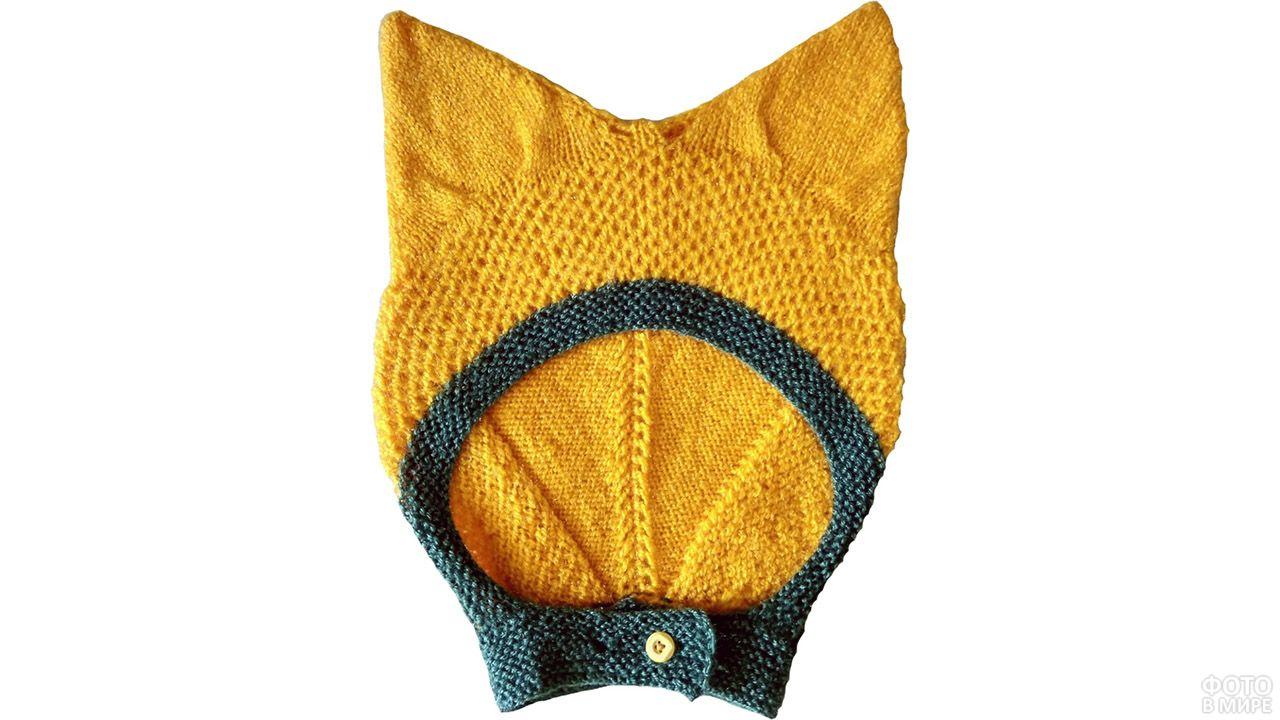 Вязаный крючком детский шлем с лисьими ушками