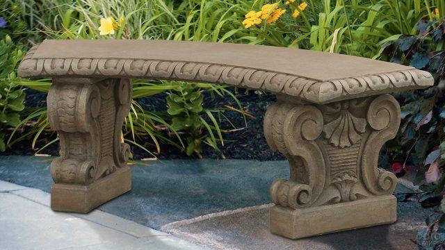 Каменная резная скамья в итальянском классическом стиле