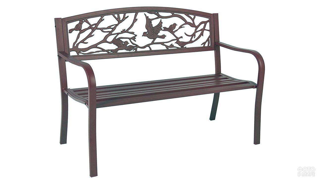Кованая скамейка с птицами на спинке