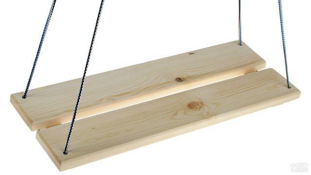Простейшие подвесные деревянные качели на шпагате
