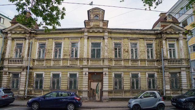 Деревянный купеческий дом 1912 года