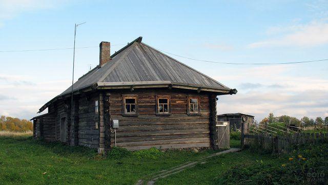 Дом Кондратьева в деревне Верхняя Путка