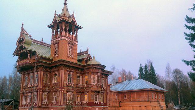 Отреставрированный Асташевский терем