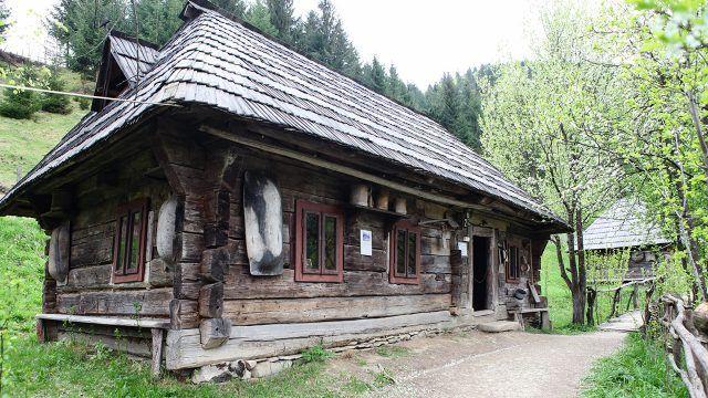 Старый деревянный дом-музей