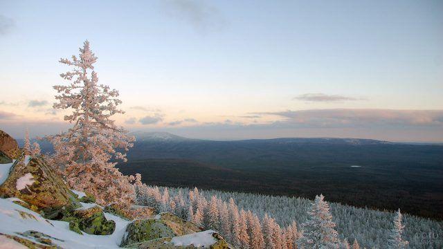 Линия горизонта в парке Таганай на Южном Урале