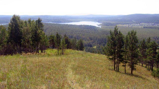 Вид с горы Вишнёвая на Среднем Урале