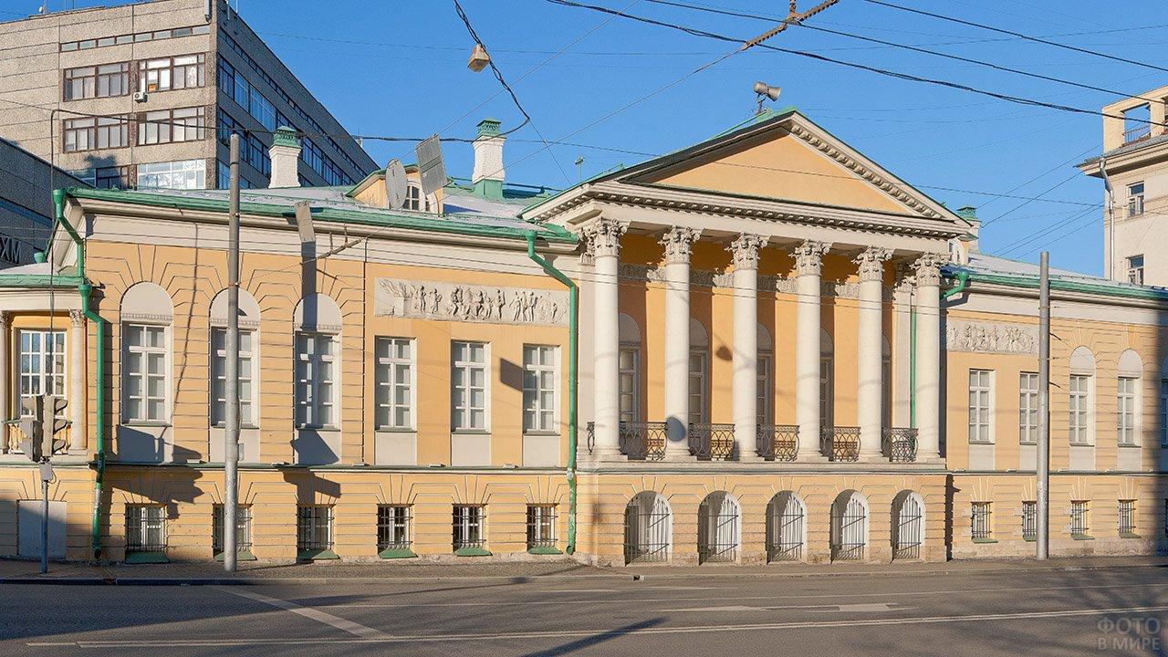 Усадьба Муравьёвых-Апостолов в Москве