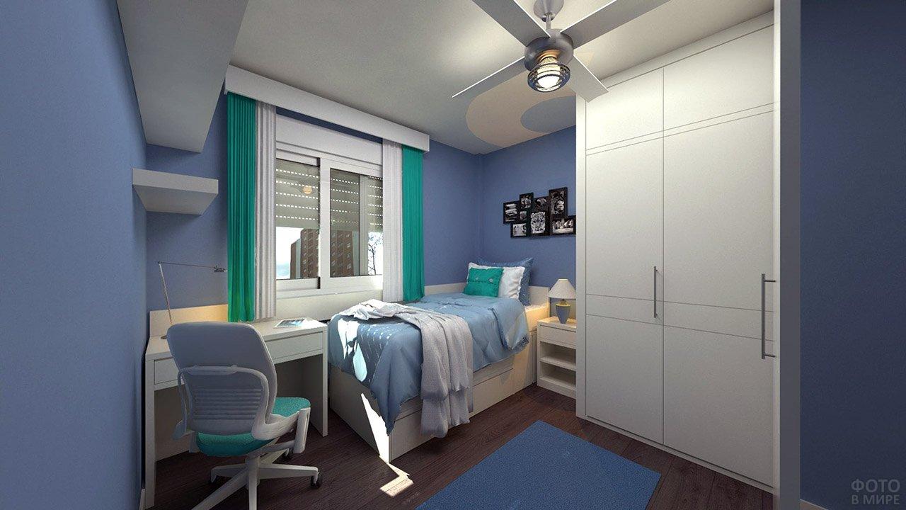 Бирюзово-голубая спальня для подростка с компьютерным столом