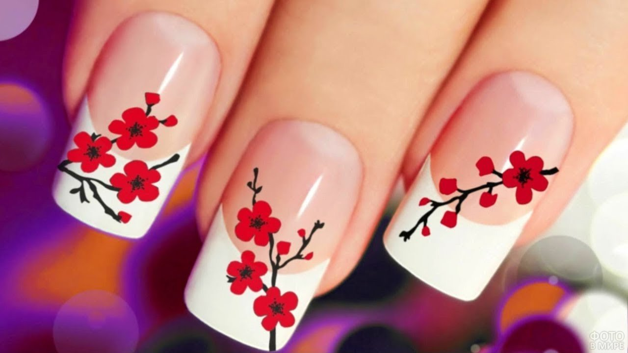 Изображение ветки сакуры с цветами на ногтях