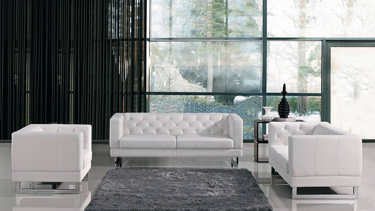 Белый гарнитур мягкой мебели в стиле контемпорари