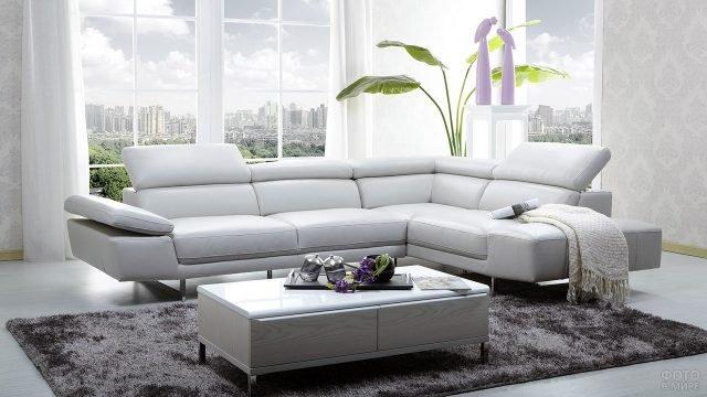 Белый угловой диван с регулируемыми подголовниками