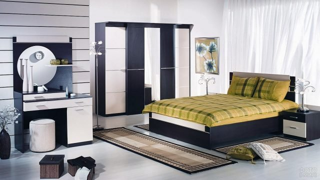 Чёрно-белый гарнитур для современной спальни