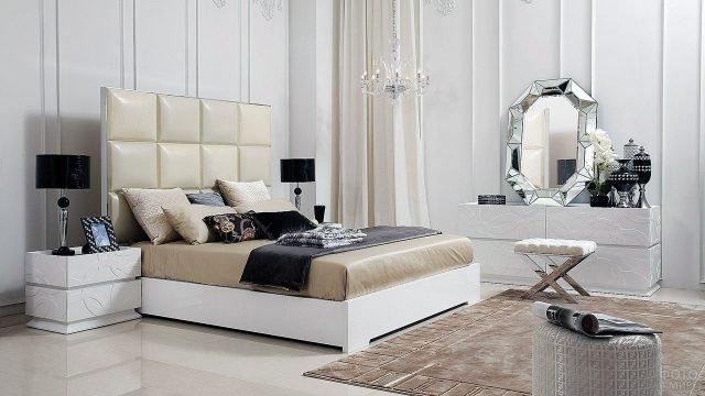 Гламурный комплект мебели для светлой спальни