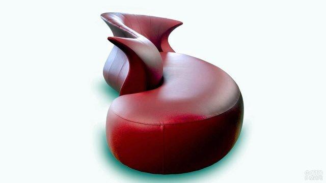 Красный кожаный диван в стиле поп-арт