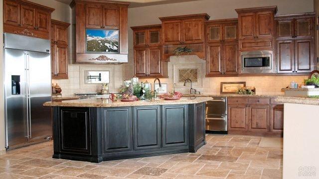 Модный кухонный стол-остров цвета венге с мраморной столешницей