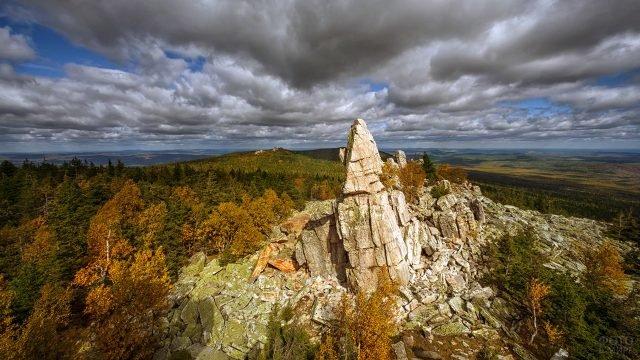 Гора Юрма на Южном Урале