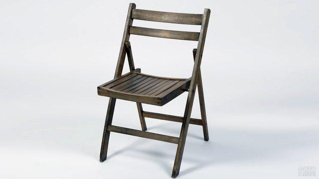 Складной деревянный стул для сада