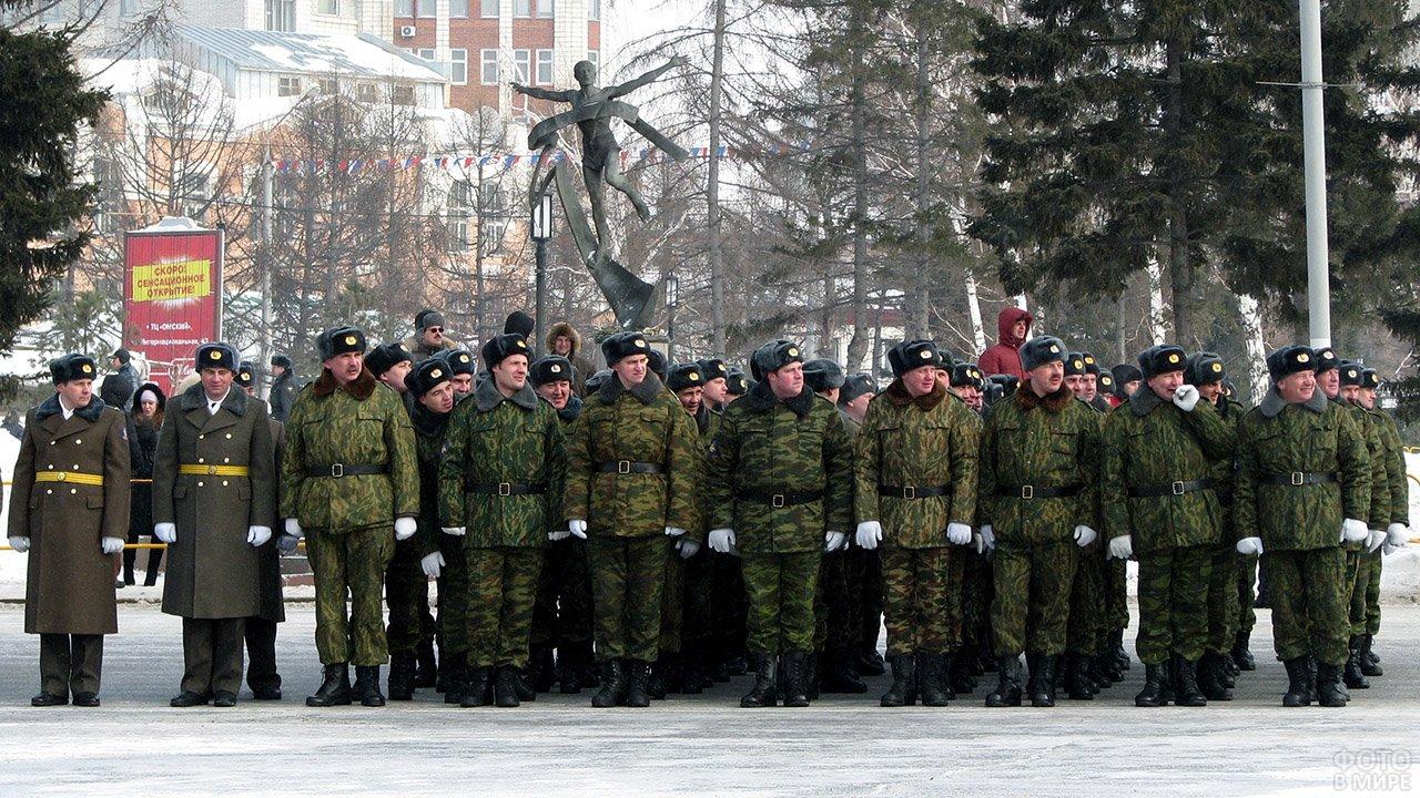 Колонна парада в честь 23 февраля в Омске