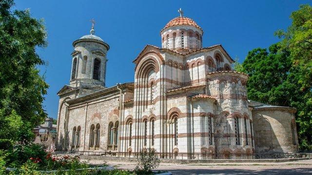 Древнейший православный храм - церковь Ионна Предтечи в Керчи