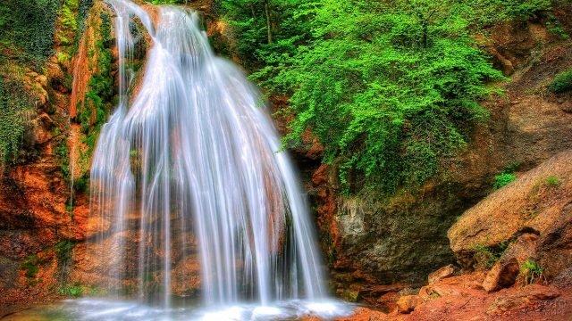 Крымский водопад Джур-Джур в Алуште