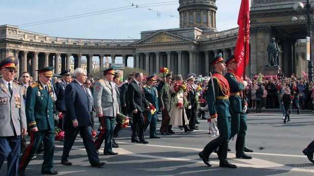 Шествие ветеранов 9 мая в Петербурге