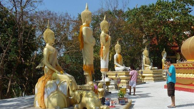 Маленькие Будды на холме Большого Будды в Паттайе