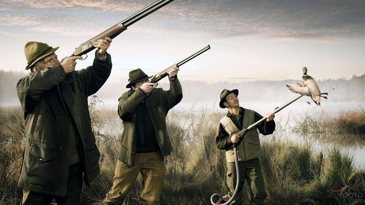 Шуточный фотоколлаж высмеивающий утиную охоту с манком