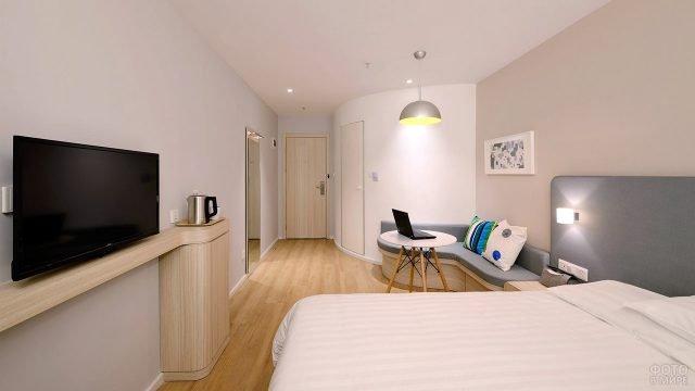 Дизайн спальни в лаконичном скандинавском стиле