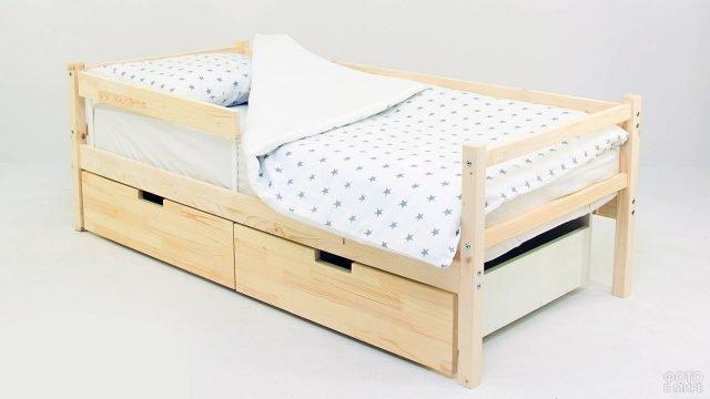 Детская деревянная кровать-тахта с выдвижными ящиками